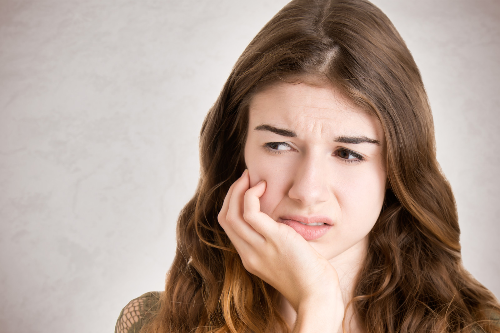 how to handle different types of dental emergencies